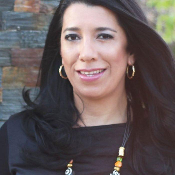 Angelica Correa 700x700 1